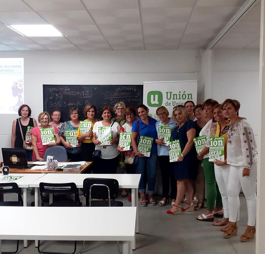 Jornada de Titularidad Compartida con socias de La Encina